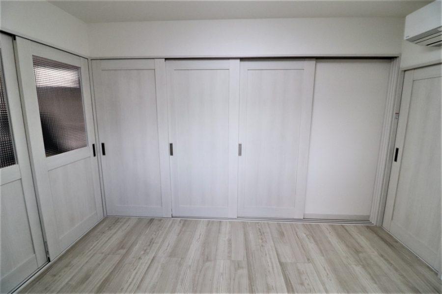 4枚襖が3枚引き込み戸で開口が大きく