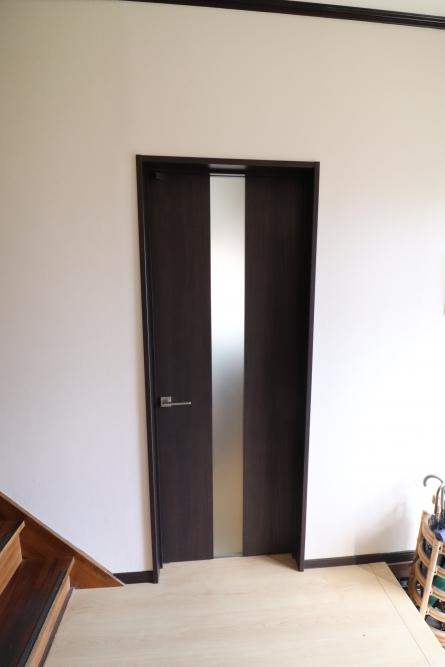 開閉が悪くなったドアも交換