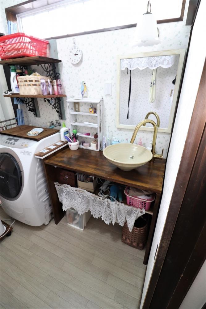 造作で洗面を作成