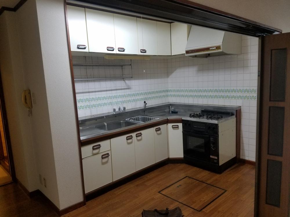 L型キッチンからI型システムキッチンへ