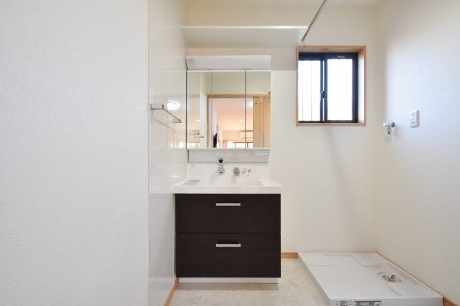 増築して洗面台は90cmを設置