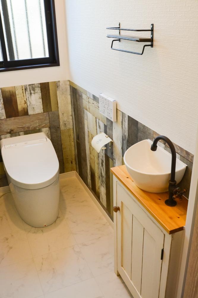 ビンテージ調な手洗い器