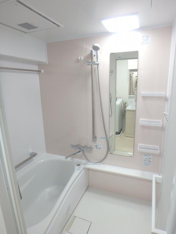 暖房機も付いて浴槽もとっても冷めにくいです