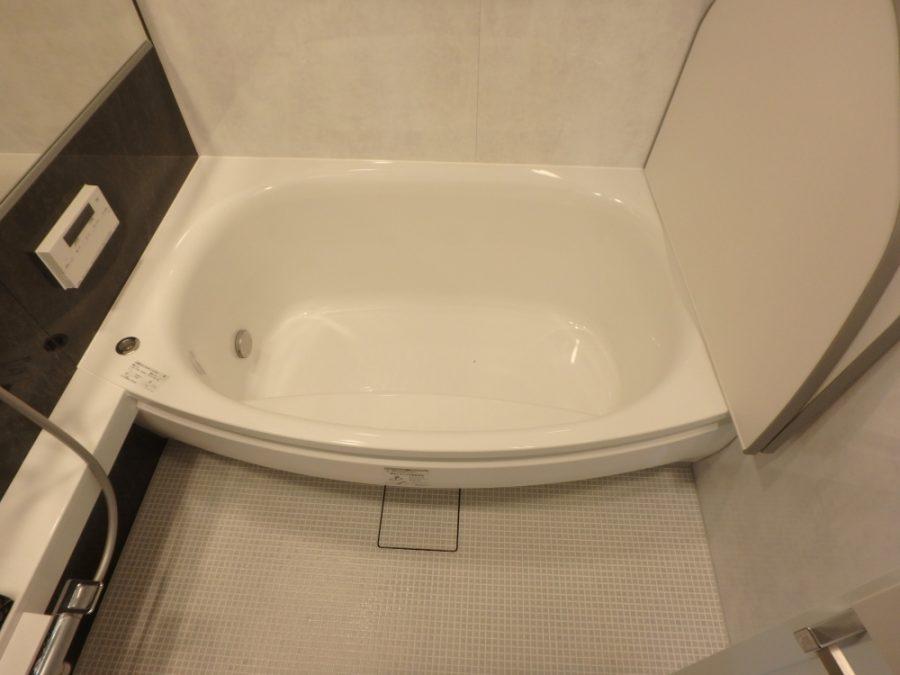 寛ろいで入れる浴槽