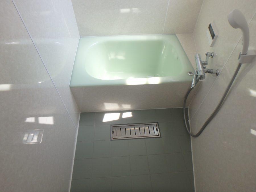人造大理石浴槽の取替