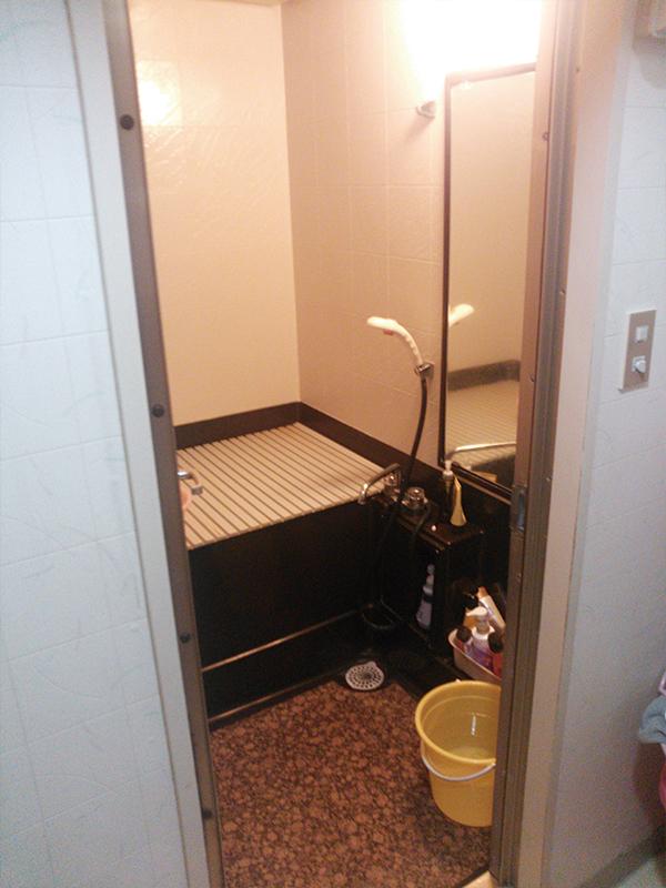 【浴室】引き戸で入りやすくバリアフリーに