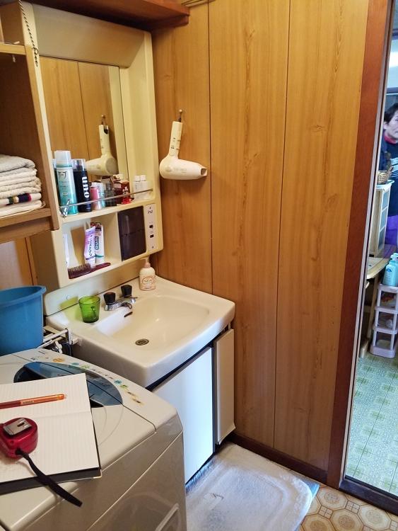 【洗面台】シャワー付きなので、使いやすさ抜群!