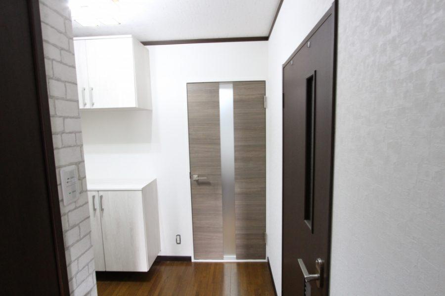 親子ドアから片開きドアへ交換