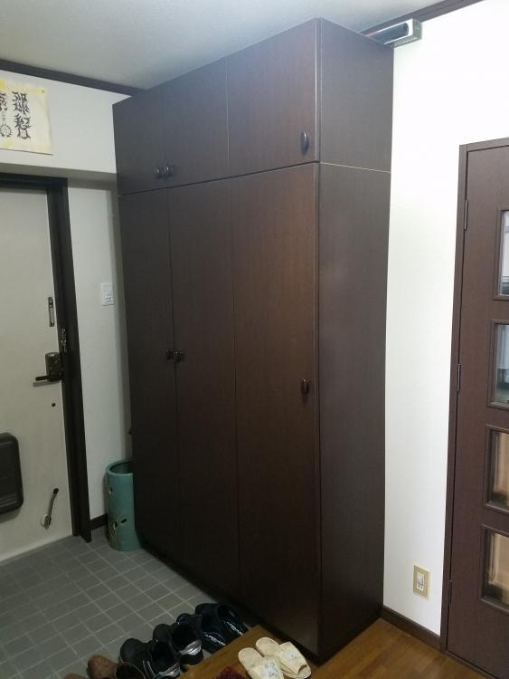 ドアが小さくなった分下駄箱は大きく