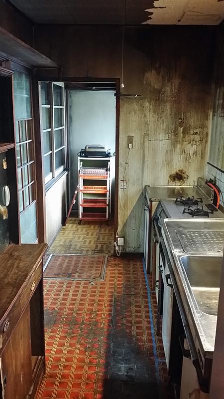 【台所】解体して、全て取り替えました。