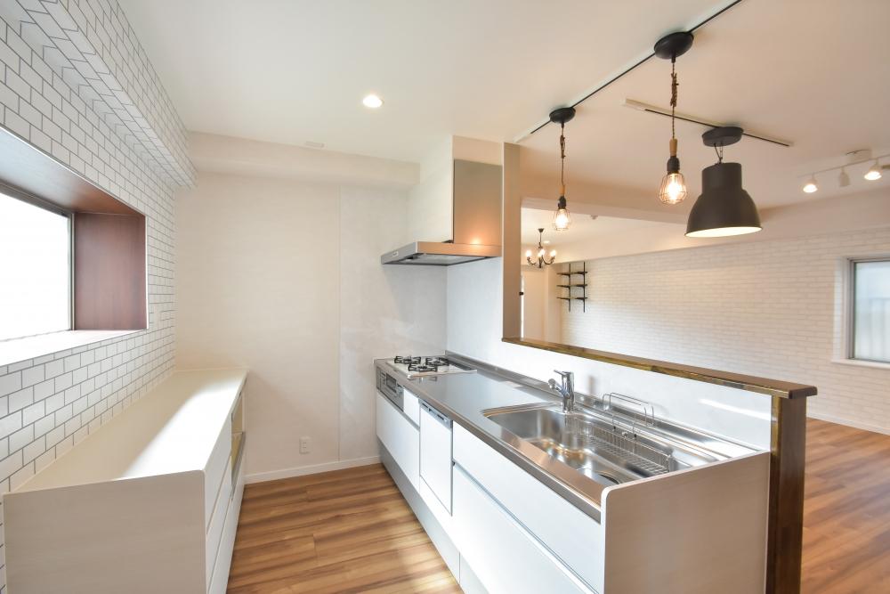開放的な対面キッチン