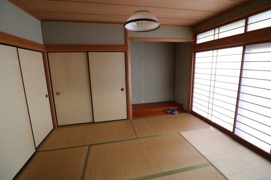 和室の面影のないオシャレなダイニングスペースへ