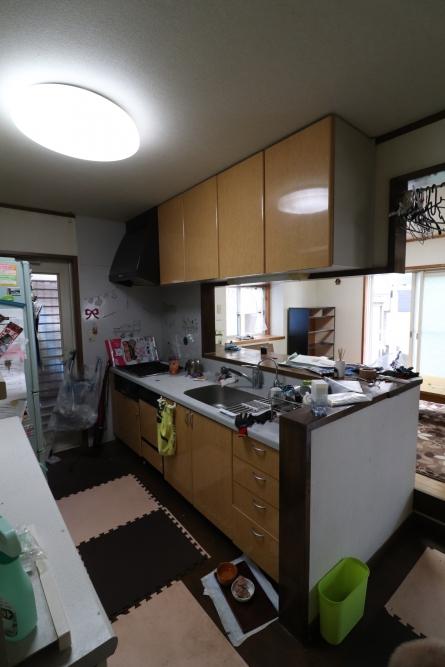 開放的で使いやすいキッチンへ