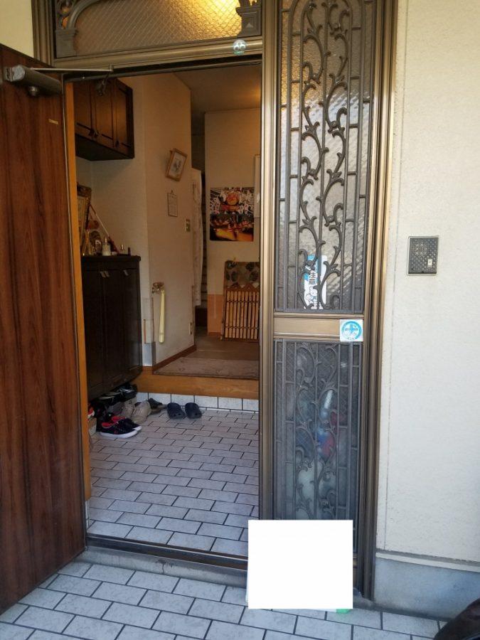 開き戸から入りやすい引き戸タイプへ