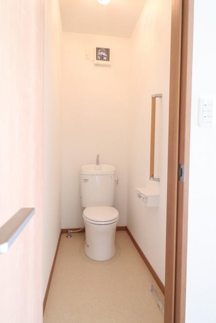 トイレ増設して換気扇も設置