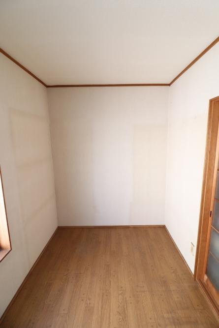 2F廊下にトイレ増設