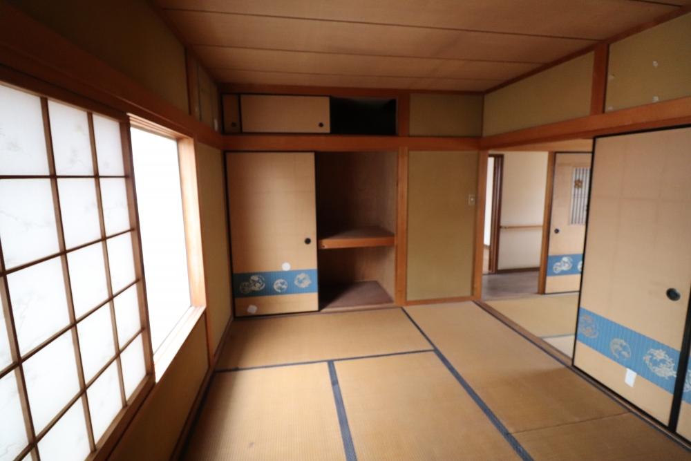 和室2間が大きな洋室へ