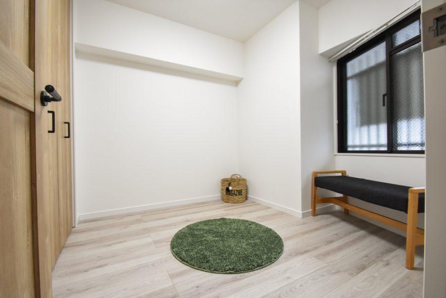 洋室の床やクロスもピカピカ