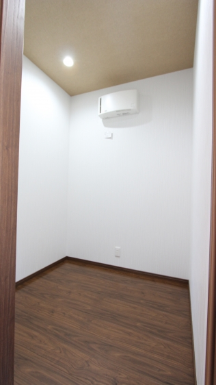 2Fトイレ増設、趣味部屋確保