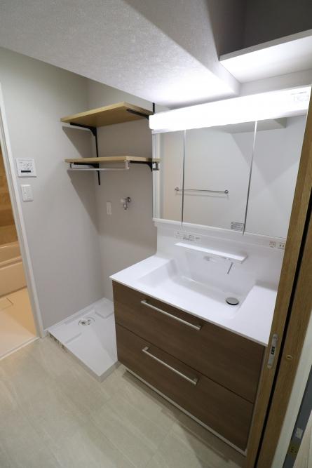 洗面台は90cmへ拡張