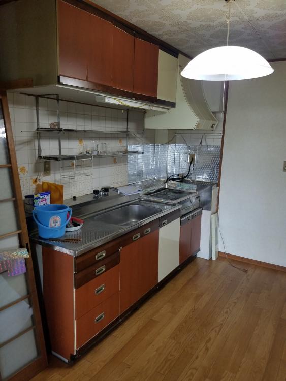 食洗器やIHヒーター完備のシステムキッチンへ