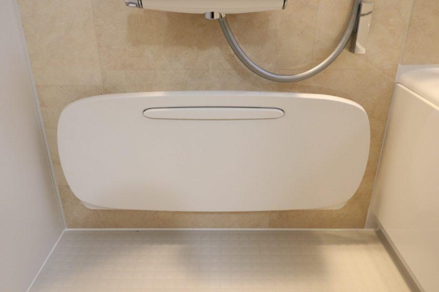 丸洗いカウンターで脱着出来て洗い場広くも出来ます