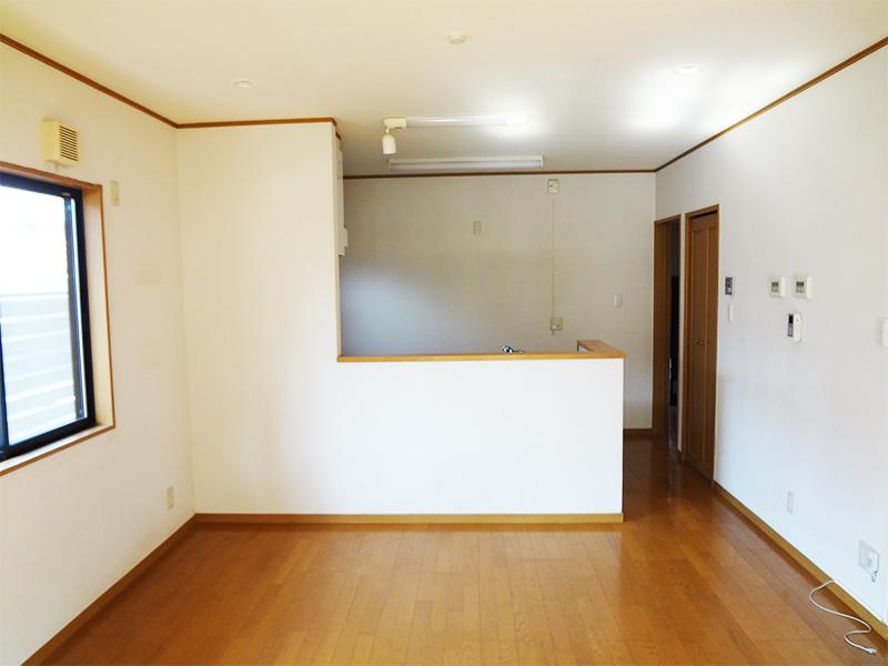 【LDK】対面で開放的はありつつ、隠す部分は隠せるキッチン