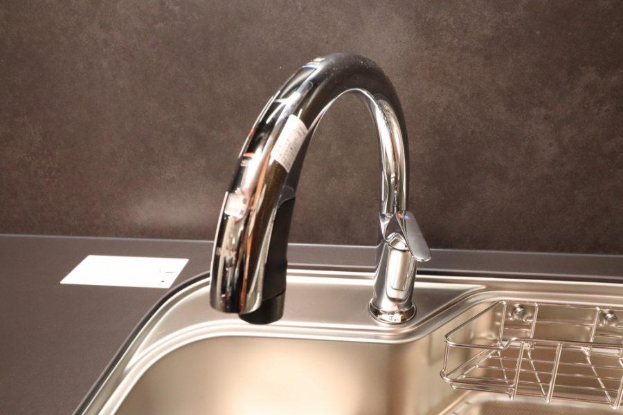 電動昇降や自動水栓で使いやすく