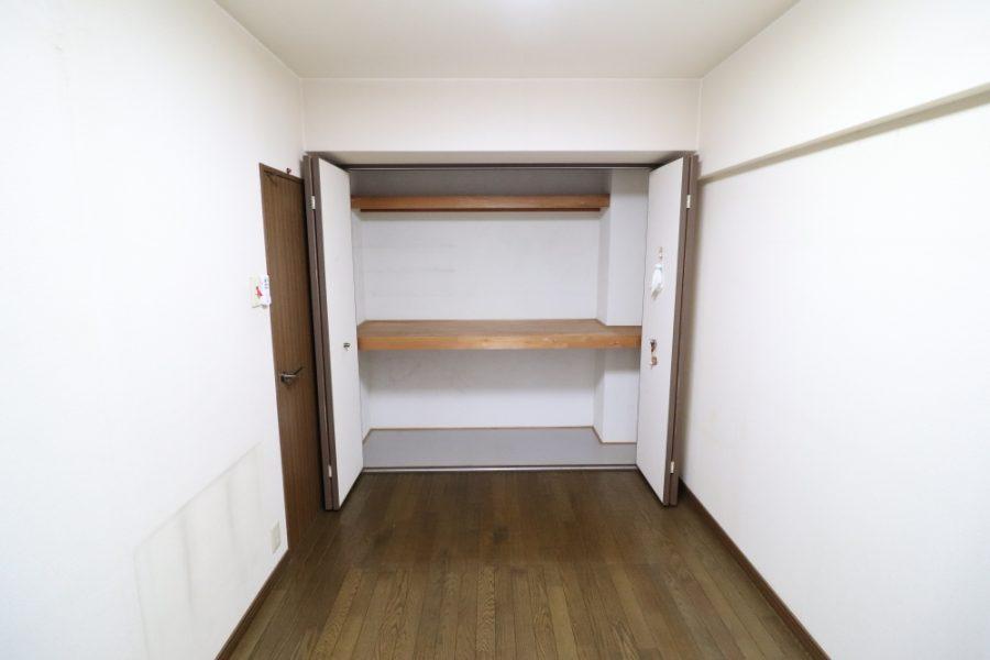 洋室のクローゼットをキッチンパントリーへ