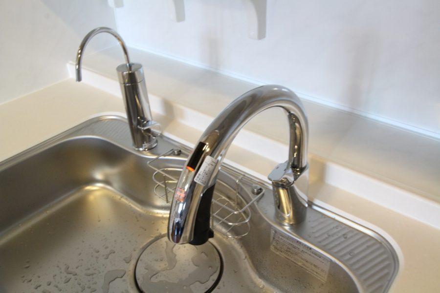 タッチレス水栓と浄水器は他社製をうまく活用