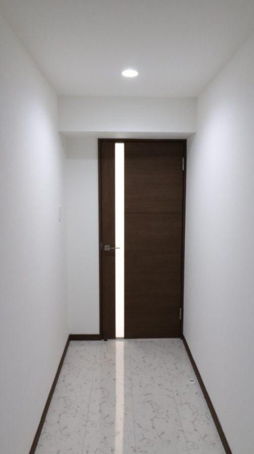 LDK入口ドアもスタイリッシュ