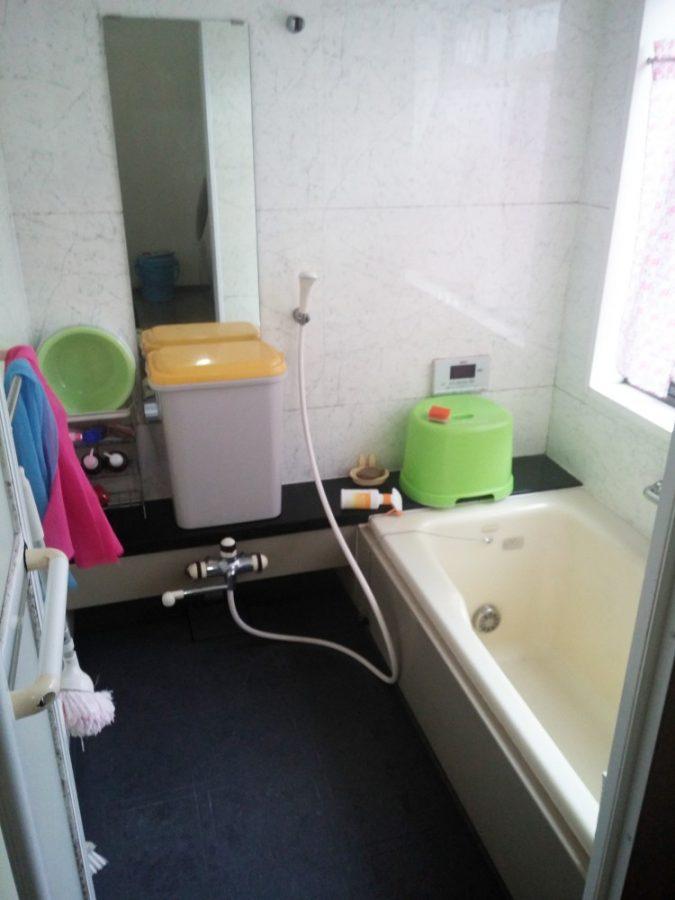 【浴室】超ワイド・テレビ音楽付浴槽でリラックス。