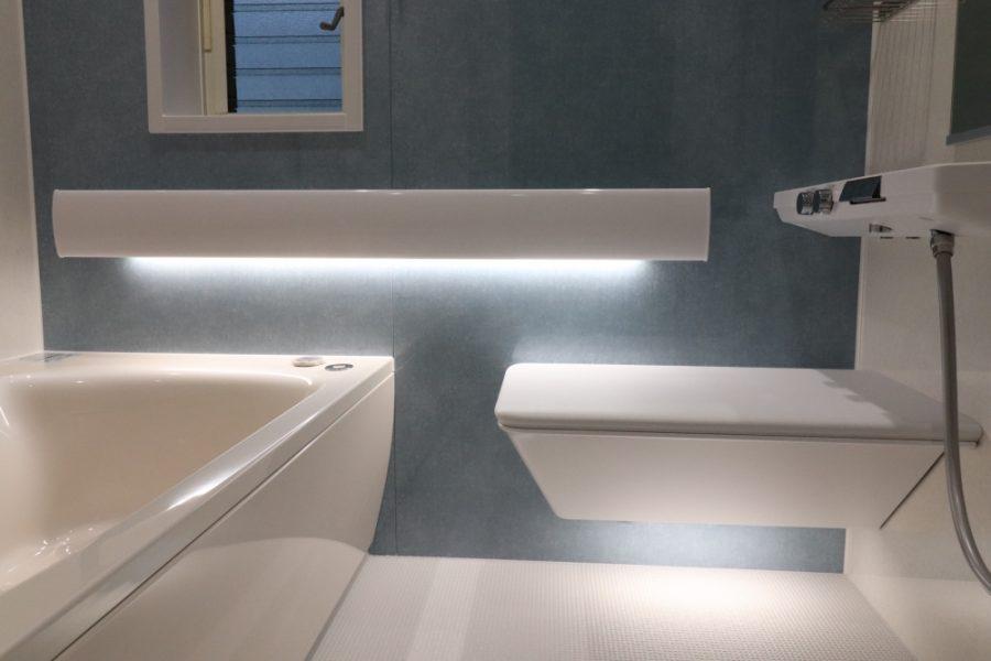 調光調色照明でお好みの雰囲気で入浴出来ます