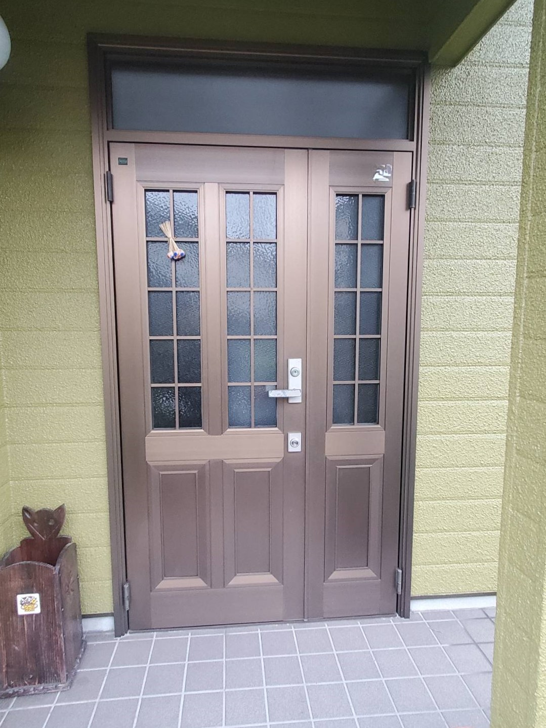 LIXIL玄関ドア1日の短期間で完了