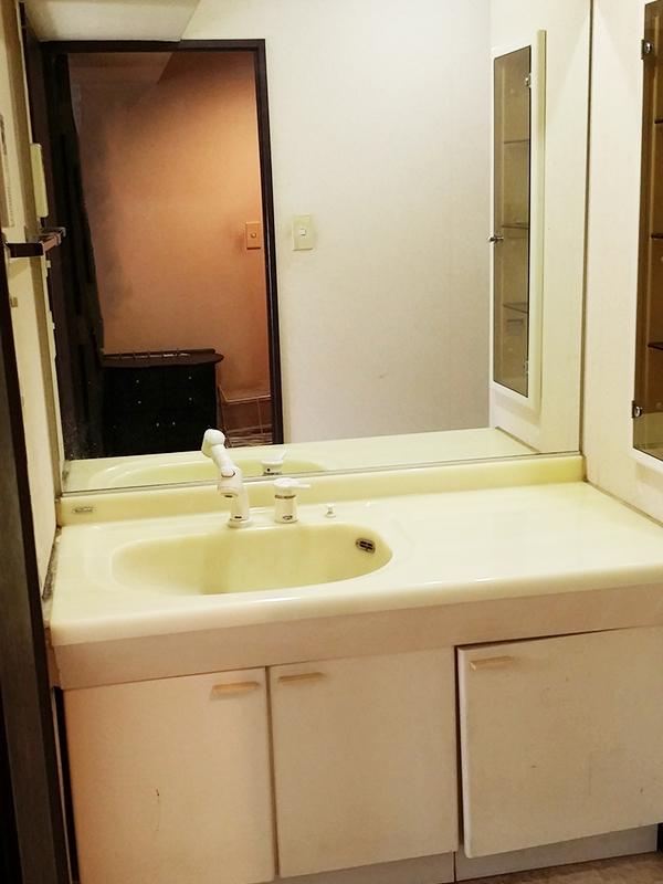 【洗面台】引き出しとトールキャビネットで、収納たくさん♪