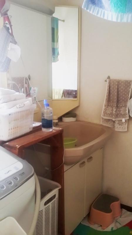 【洗面台】顔も洗いやすく,、便利になりました。