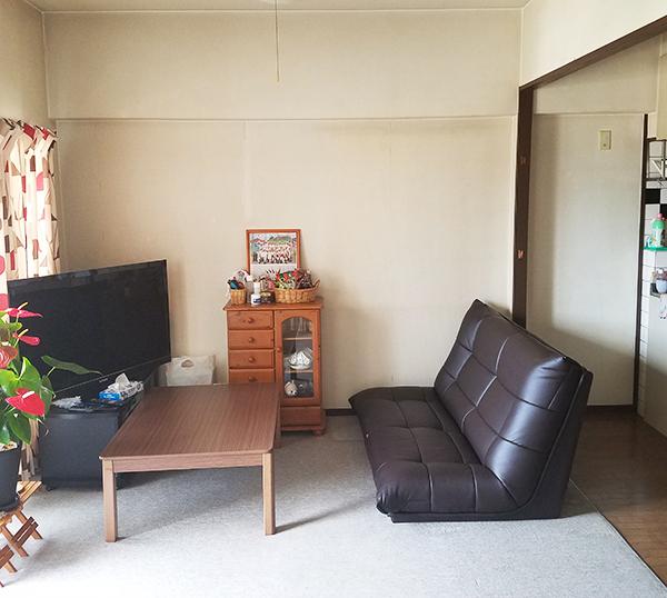 【洋室】クロスと床を変えて、広々とした感じの空感に。