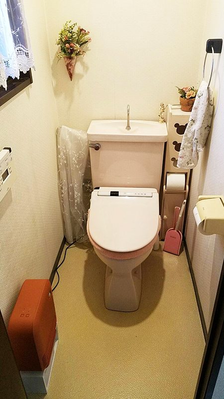 【トイレ】妥協せずに様々なメーカーから選び抜いたトイレに、お客様も大満足。
